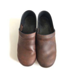 Dansko Brown Leather Clogs Slip On Shoes 40 9-9.5